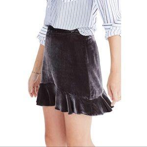 NEVER WORN Madewell Gray Velvet Ruffle Skirt